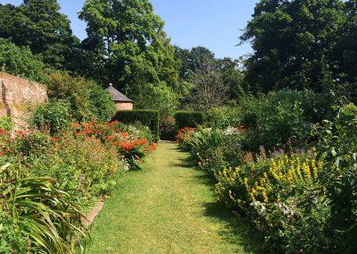 Walled Garden borders